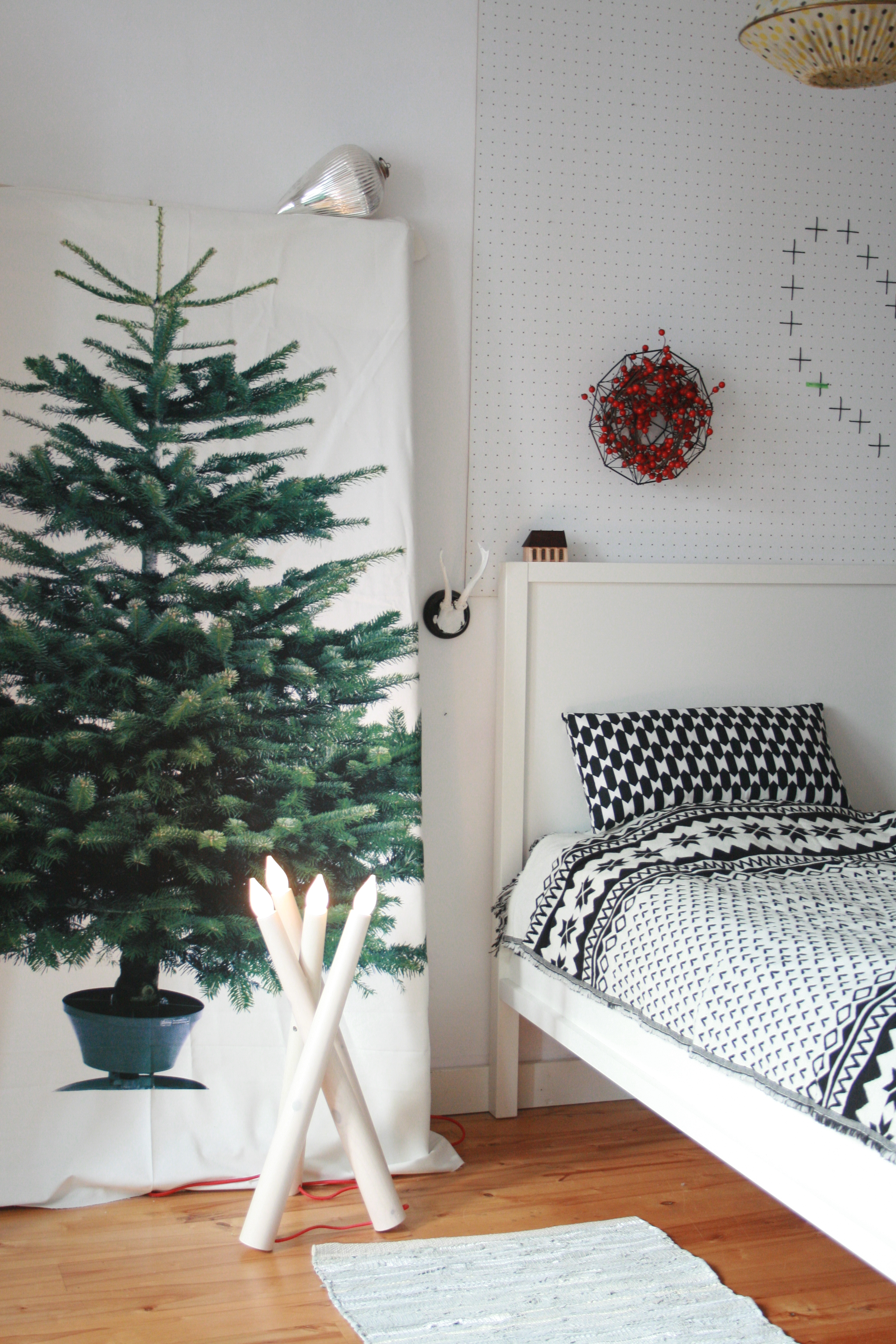 ein wenig winter im schlafzimmer my home is my horst. Black Bedroom Furniture Sets. Home Design Ideas