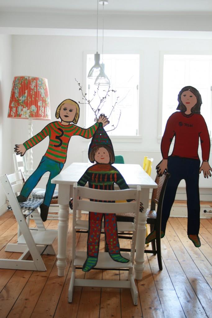 meine jungs aus pappe diy my home is my horst. Black Bedroom Furniture Sets. Home Design Ideas
