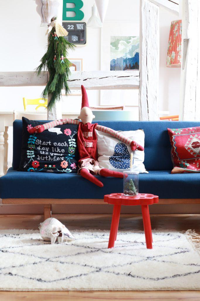 weihnachtsdeko-im-wohnzimmer-mit-maileg